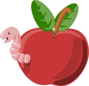 Je huje v jabolku najti črva ali le pol črva?